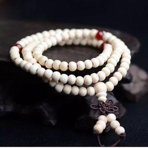 TIBETAN WHITE SANDALWOOD MALA BRACELET